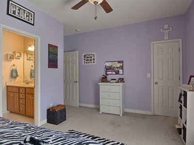 Real Estate Photo Gallery Thumb 27