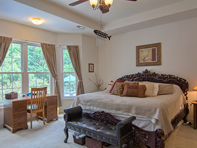 Real Estate Photo Gallery Thumb 29